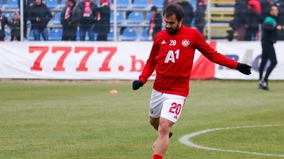 Офанзивният халф на ЦСКА-София Тиаго все още не е подновил