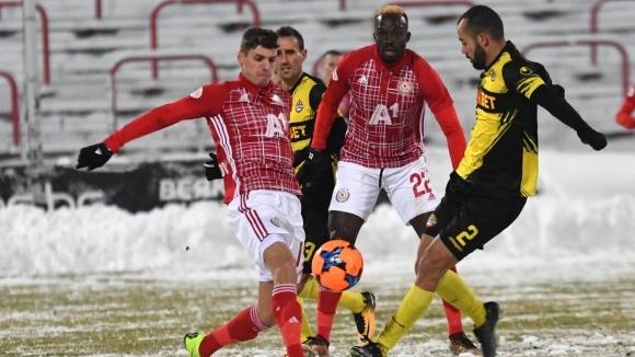 Станаха ясни стартовите 11-ки на ЦСКА-София и Ботев (Пловдив), които