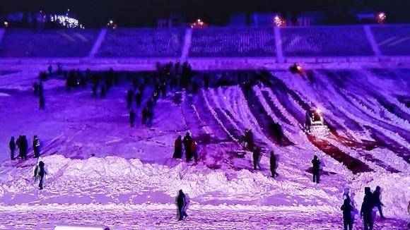 """Освен проблемите със снегопочивстването на терена стадион """"Българска армия"""" преди"""