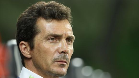 Директорът на Барселона Гийермо Амор предупреди, че Лион, който е
