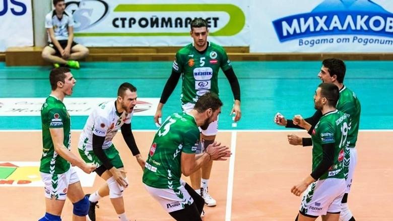 Волейболният отбор на Добруджа 07 (Добрич) се класира за 1/4-финалите