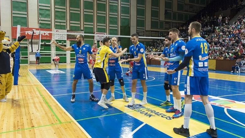 Волейболистите на Хебър (Пазарджик), които са лидери в Суперлигата, продължават