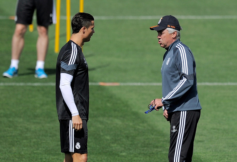 Треньорът на Наполи Карло Анчелоти смята, че нападателят на Ювентус