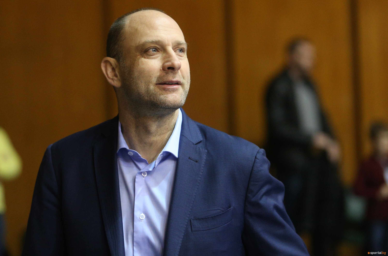 Старши-треньорът на Левски Лукойл Константин Папазов коментира след победата над