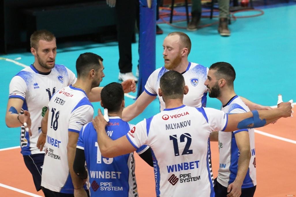 Волейболистите на Левски станаха последните полуфиналисти в турнира за Купата
