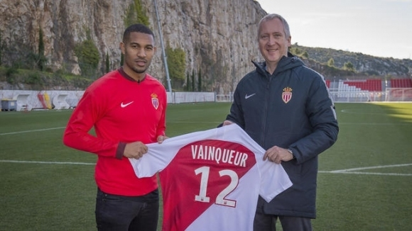 Закъсалият във френската Лига 1 отбор на Монако продължава борбата