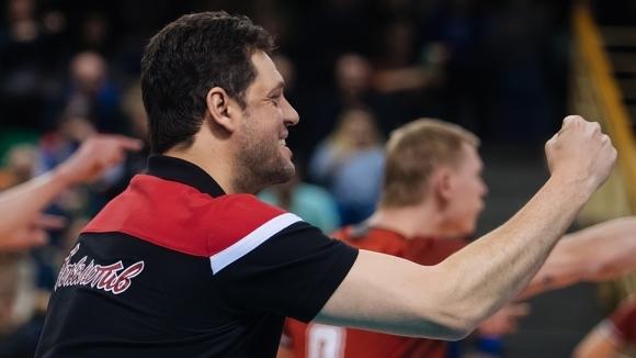 Бившият селекционер на националния отбор на България Пламен Константинов върна