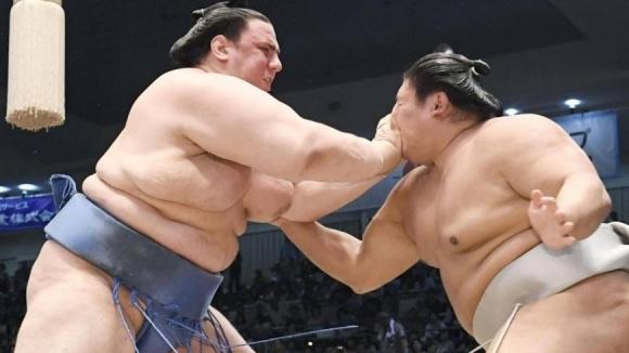 Даниел Иванов-Аоияма спечели четвърта победа на Новогодишния турнир по сумо