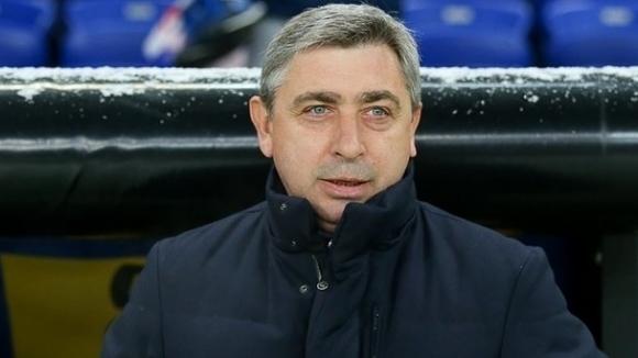 Новият треньор на Верея е украинският специалист Олександър Севидов, който