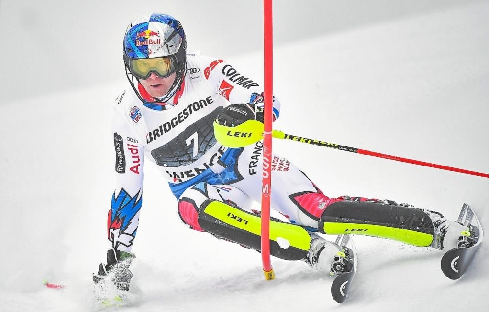 Австриецът Марко Шварц спечели първата за сезона алпийска комбинация от