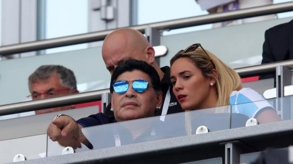 Раздялата между аржентинската легенда Диего Марадона и 30-годишната Росио Олива