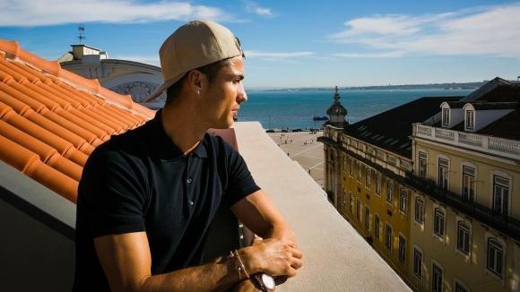 Нападателят на Ювентус Кристиано Роналдо се очаква в Мадрид във
