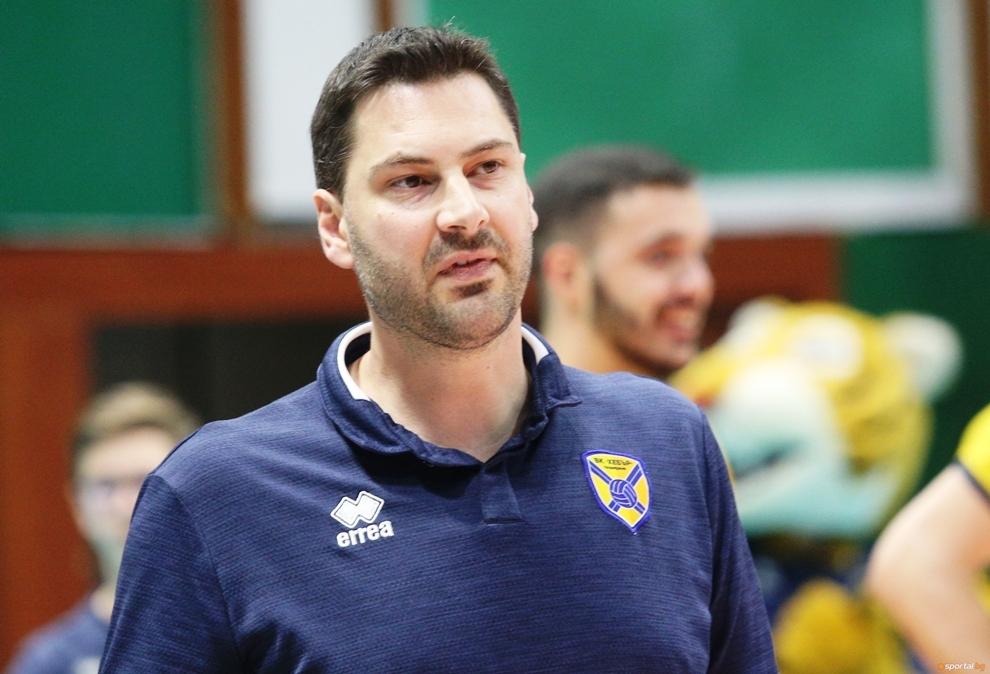 Треньорът на волейболния Хебър (Пазарджик) Атанас Петров сподели след зрелищния