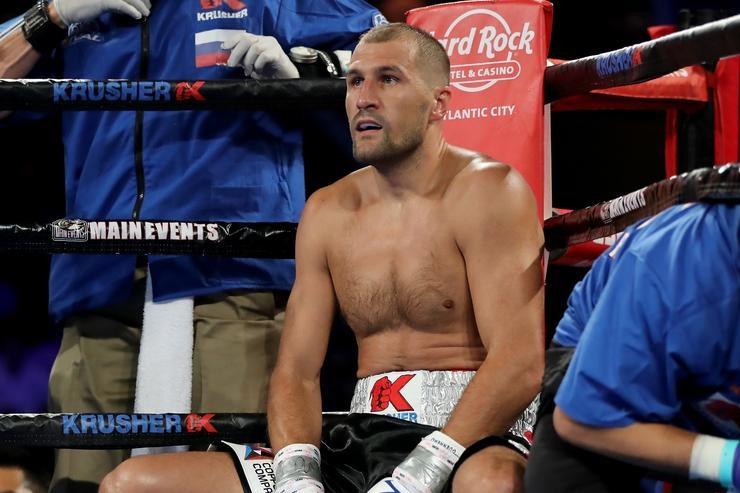 Бившият световен шампион по бокс в лека-тежка категория може да