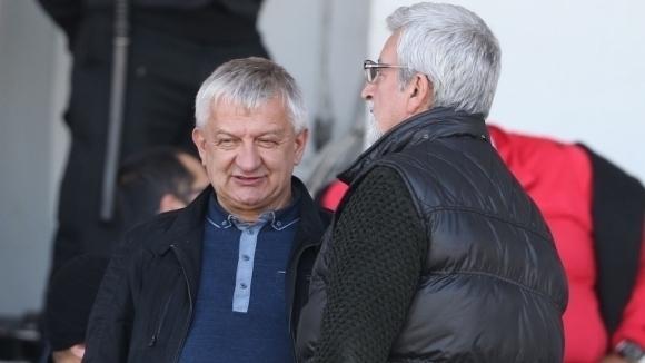 Собственикът на Локомотив (Пловдив) Христо Крушарски се завърна от Аржентина