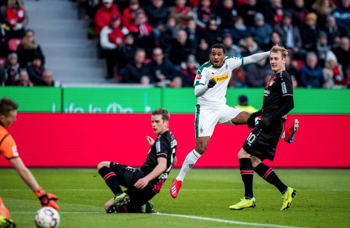Борусия (Мьонхенгладбах) се утвърди на трета позиция в Бундеслигата след