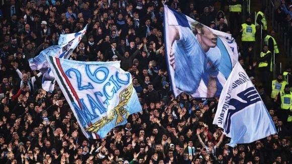 Над 1500 тифози на Лацио изпратиха любимия си отбор за