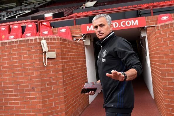 Бившият мениджър на Манчестър Юнайтед Жозе Моуриньо се наслаждава на