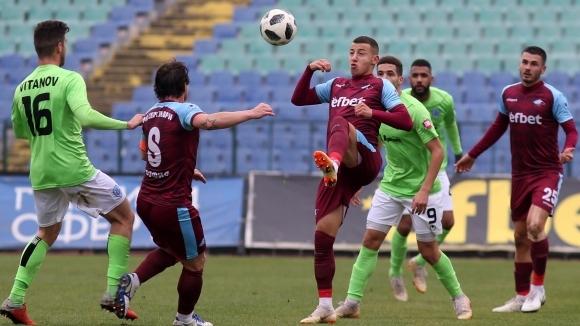 ФК Септември завърши 2:2 срещу казахстанския Актобе в първата си