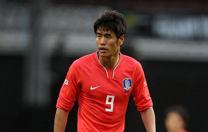 Полузащитникът Ки Сун-Йън отпада от състава на Република Корея за