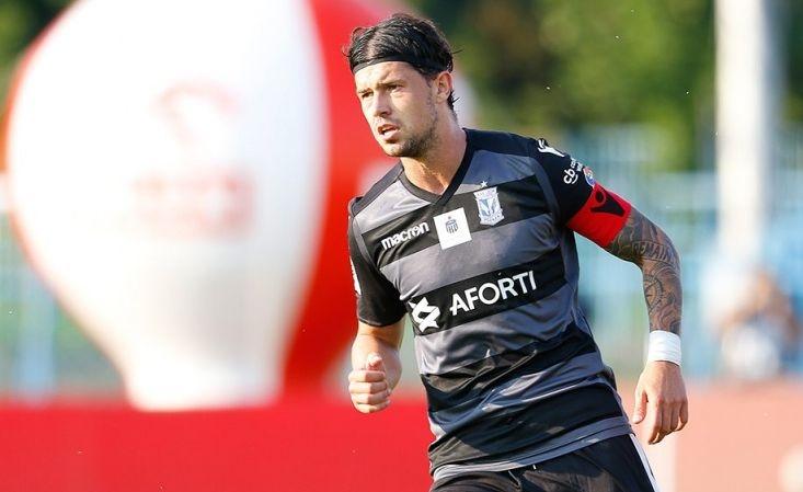 Швейцарският футболист на Лех (Познан) Дарко Йевтич може да продължи