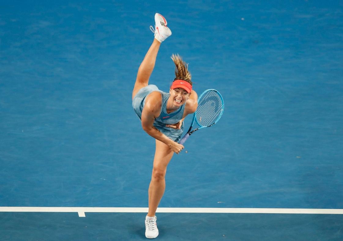 Гръцката тенис сензация Стефанос Циципас печели все повече реални и