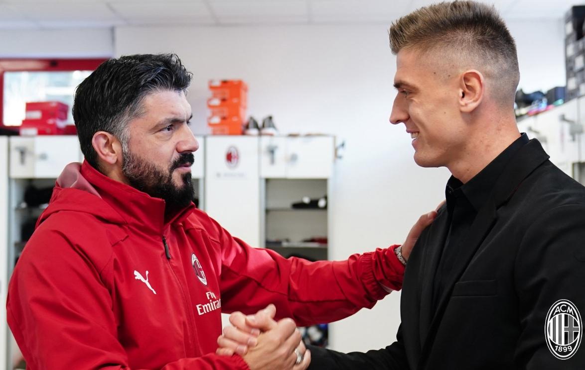 Новият централен нападател на Милан Кшищоф Пьонтек е направил отлично