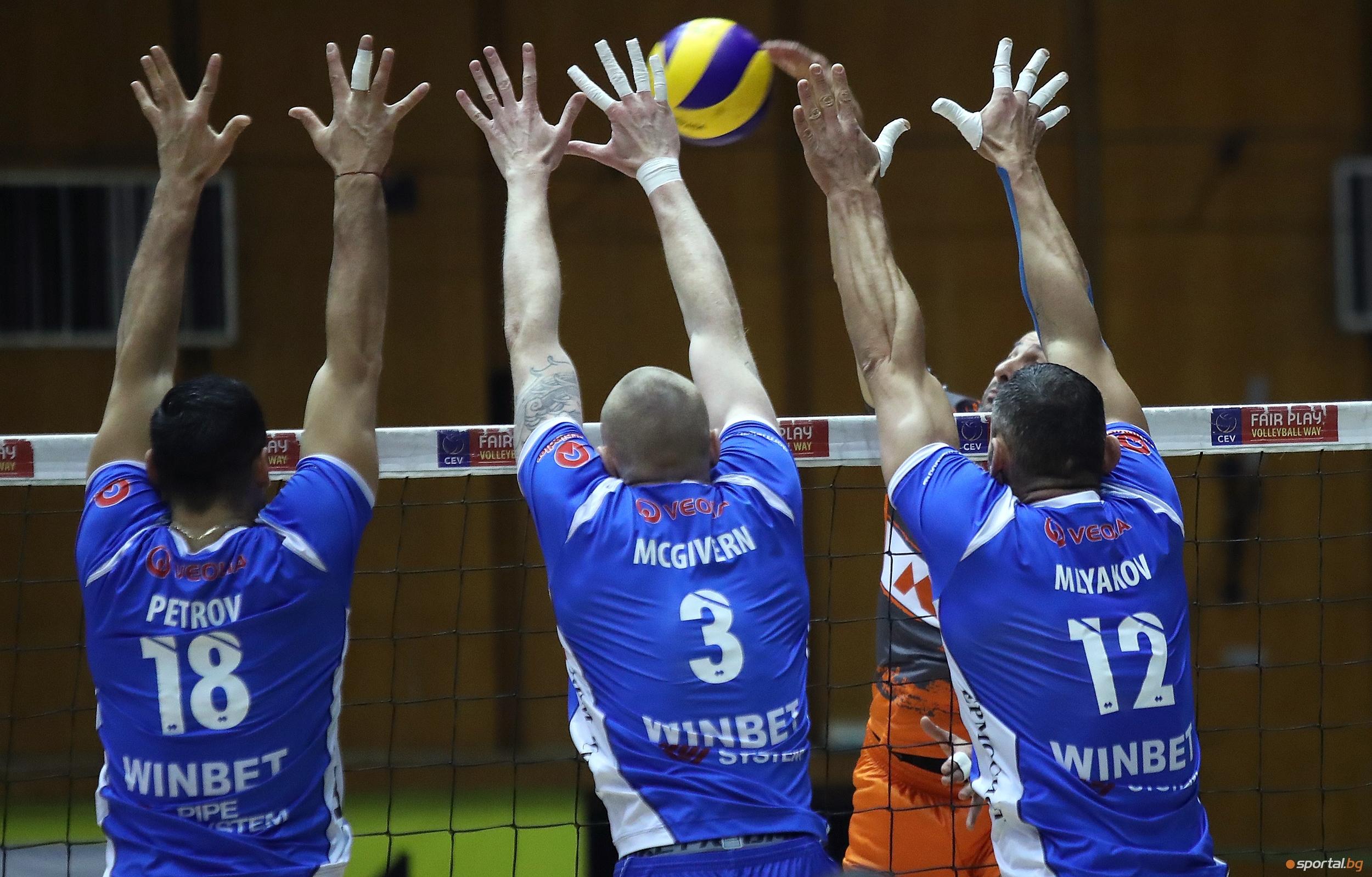 Волейболистите наЛевски Софиязаписаха девета победа в Суперлигата, след като надиграха