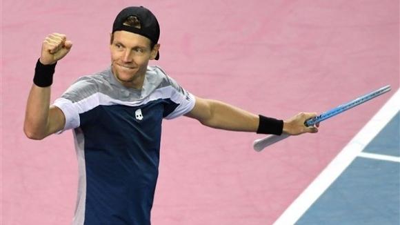 Шампионът от 2012 година Томаш Бердих (Чехия) се класира за