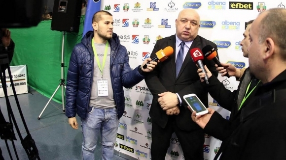 Министърът на младежта и спорта Красен Кралев отговори на журналистически