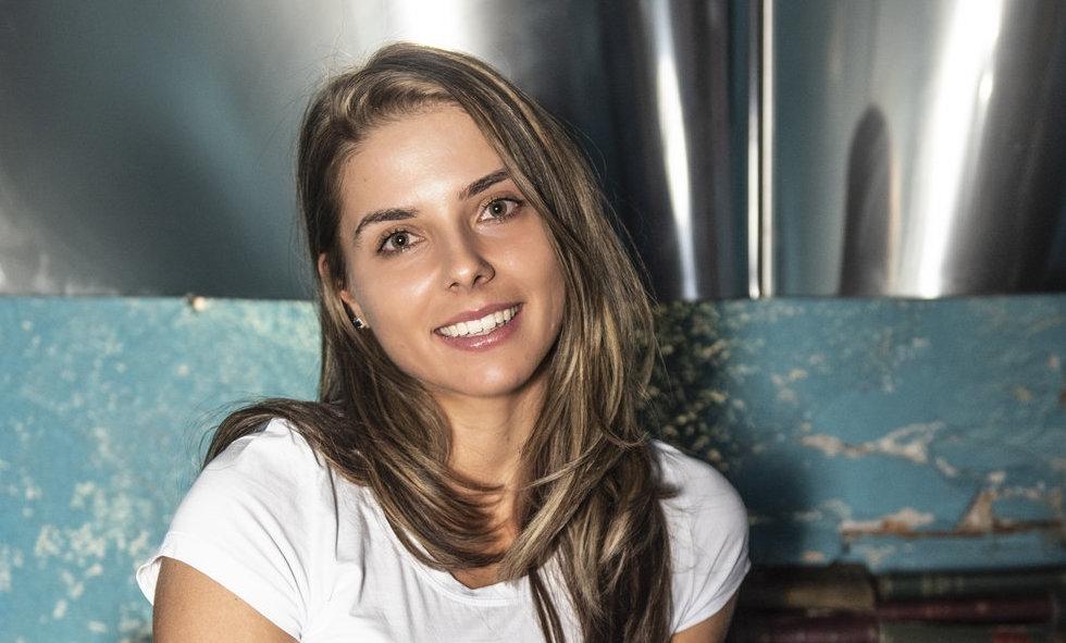Най-добрата ни тенисистка Виктория Томова даде любопитно интервю пред лекоатлетката