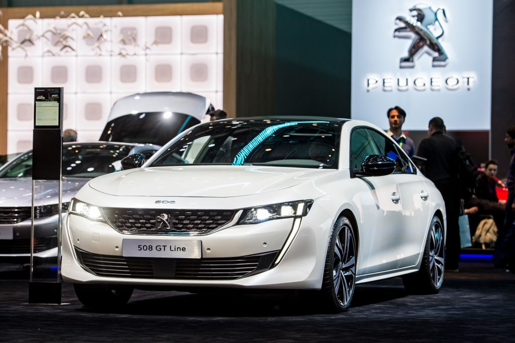 Снимка: Peugeot се електрифицира през 2019 и променя слогана си