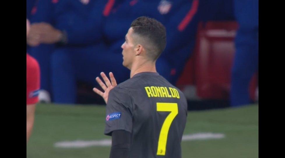 Мегазвездата на Ювентус Кристиано Роналдо отказа да се спре пред