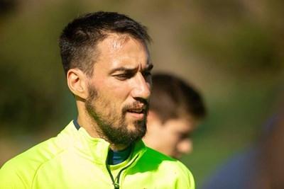 Капитанът на националния отбор по футбол Ивелин Попов се сдоби