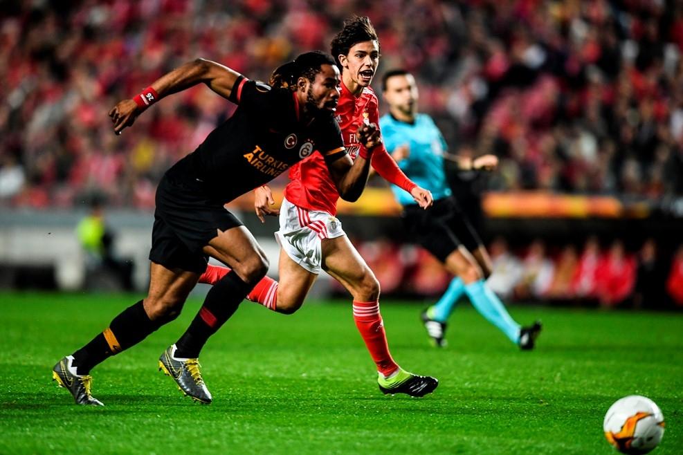 Отборът на Бенфика достигна до 1/8-финала в Лига Европа след