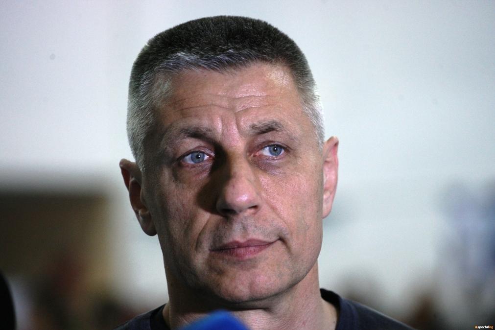 Бившият селекционер на националния ни волейболен отбор Радостин Стойчев беше