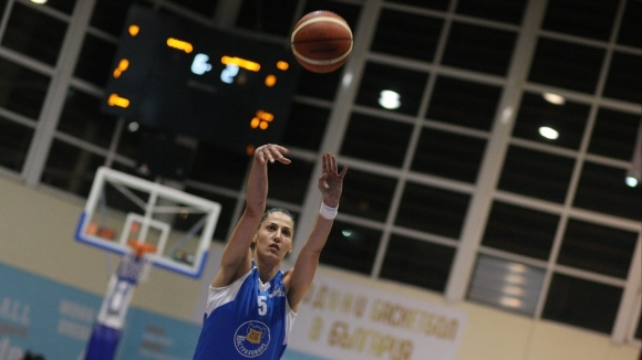 Монтана 2003 победи Локомотив (Стара Загора) с 93:64. Димана Макариева