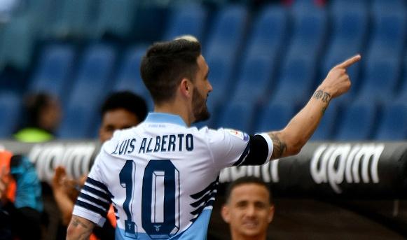 По двама играчи на Лацио, Сампдория и Каляри намериха място