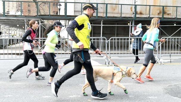 Томас Панек е любител на бягането, който от няколко десетилетия