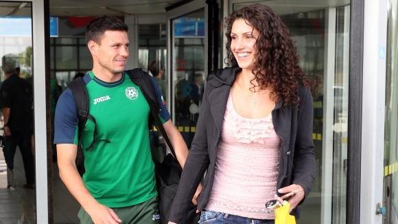 Секссимволът на женския ни волейбол Ева Янева и футболният национал
