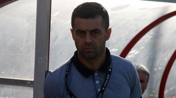 Петър Златинов напусна поста старши треньор на ОФК Пирин (Благоевград).