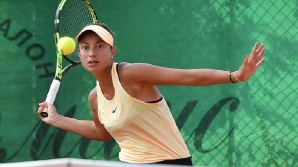 Петя Аршинкова се класира за четвъртфиналите на турнира за жени