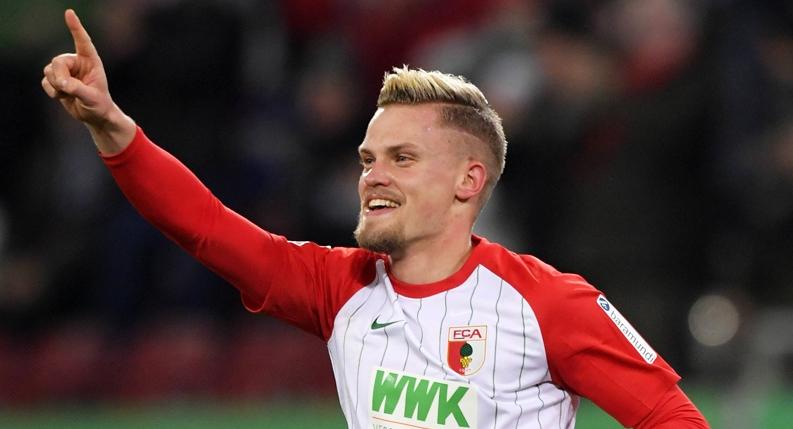 Германският гранд Борусия (Дортмунд) и италианският клуб Рома имат интерес