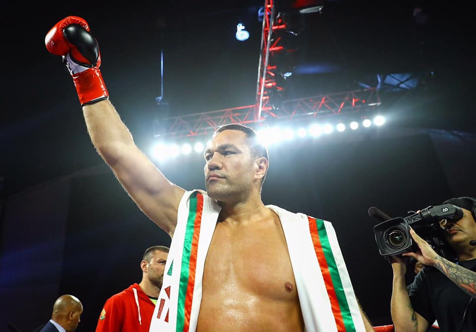 Най-добрият ни боксьор Кубрат Пулев записа още една славна победа
