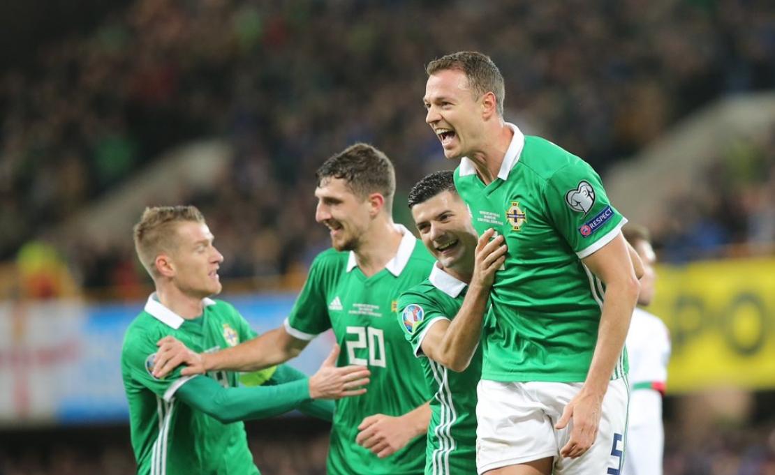 Отборът на Северна Ирландия поведе в група С на евроквалификациите