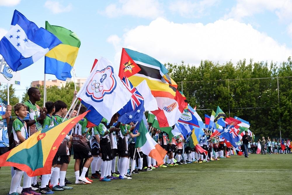 """Началото на седмия сезон на Международната детска социална програма """"Футбол"""