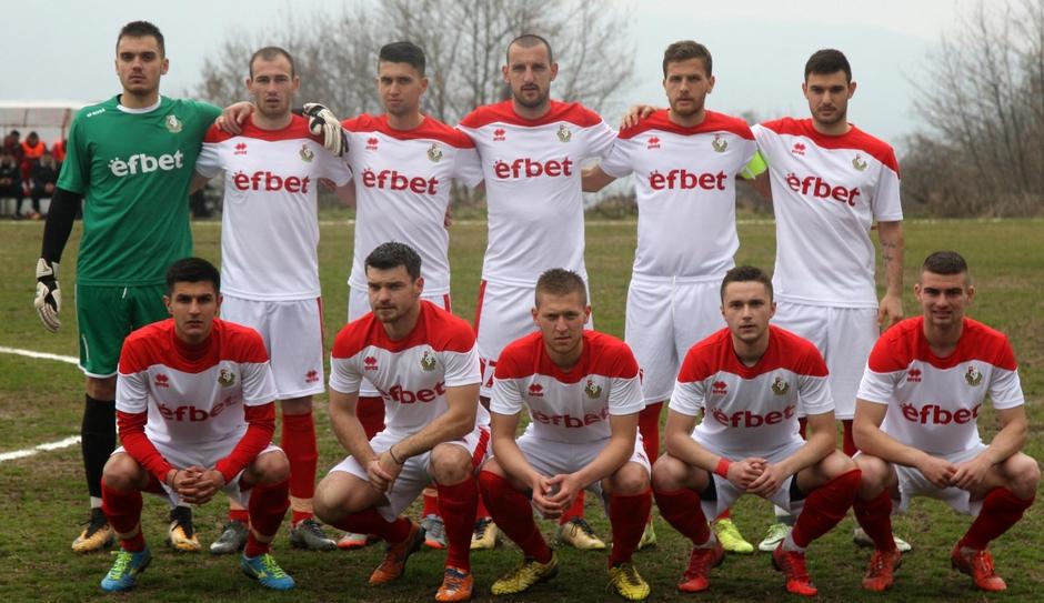 Иво Тренчев вече не е старши треньор на Беласица Петрич.