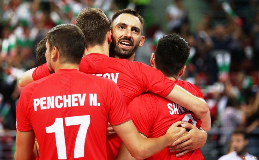 Италианската компания за спортна екипировка Errea ще облича отново националните