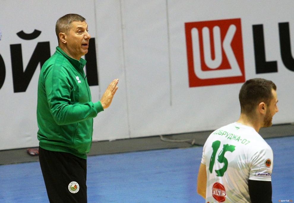 Волейболният отбор на Добруджа 07 (Добрич) запазва треньора си Пламен