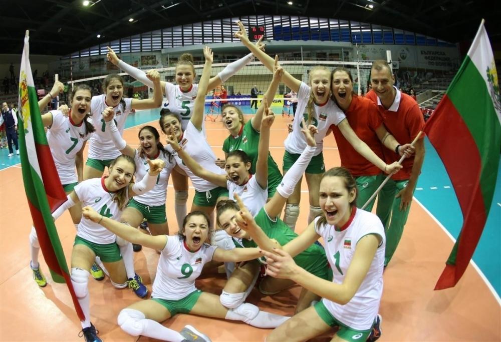 Снимка: Два отбора по волейбол на България ще се готвят за Младежкия олимпийски фестивал в Баку